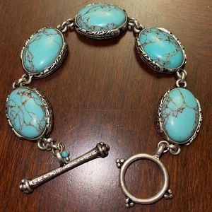 Lucky Brand turquoise silver tone toggle bracelet